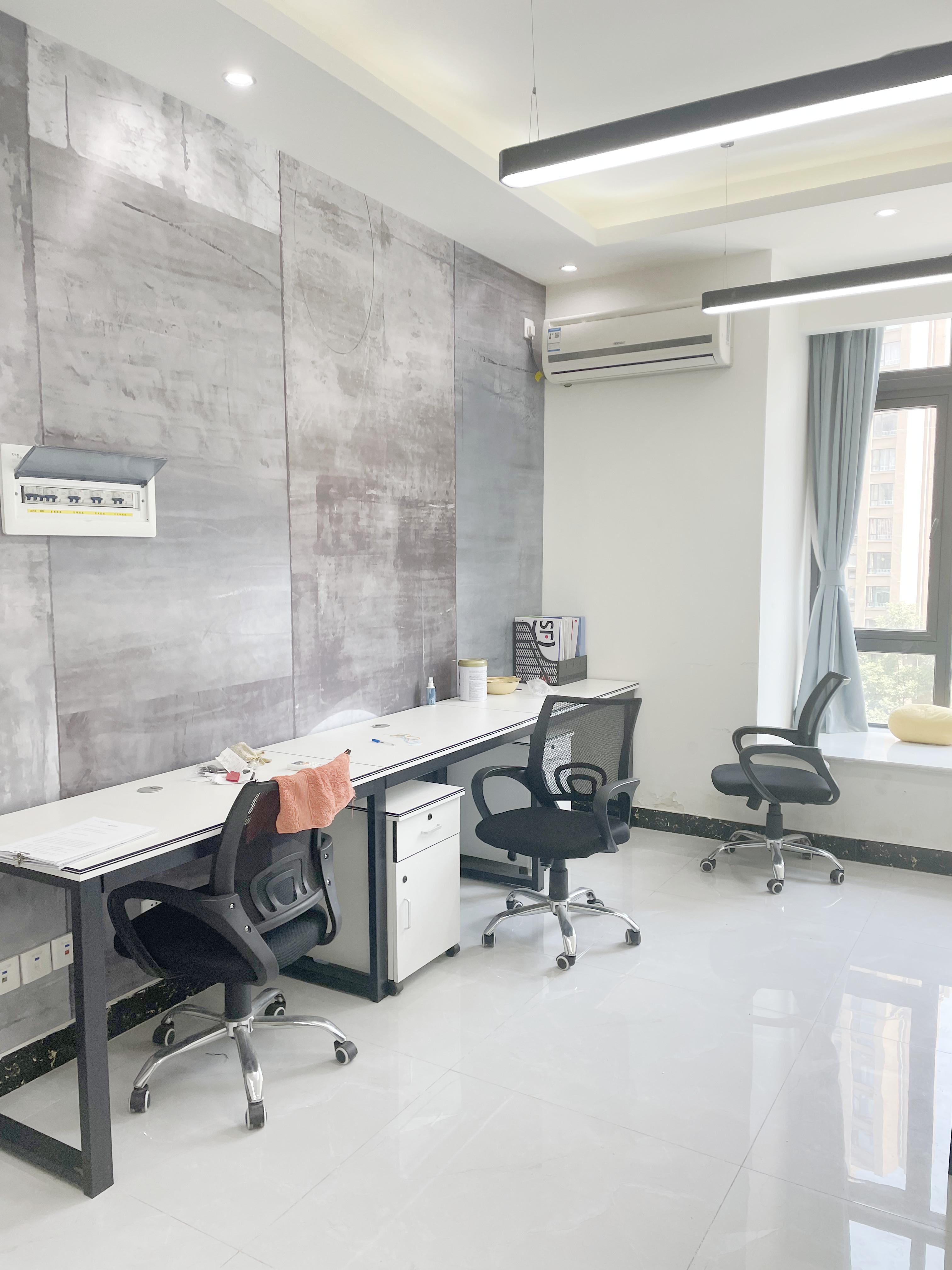 金桉路丨百悦国际36平米MiNi办公空间 4工位