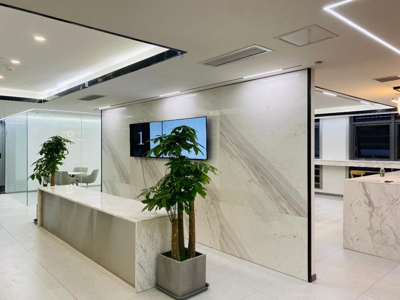 锦江区东大街阳光金融大厦146平精装办公室 含物业出租