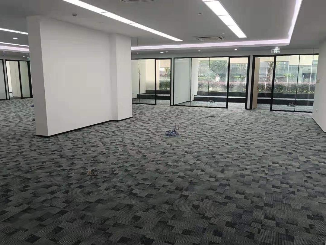 汇融广场(锦江)730平米中花园办公区丨类别墅区办公