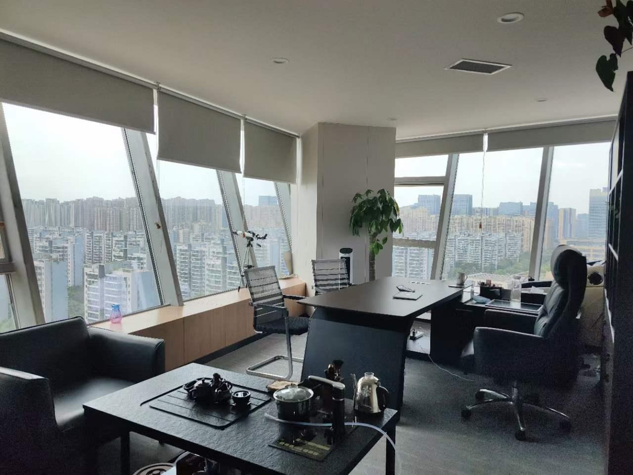 环球中心北区 450平米 全套带家具 8隔间46工位