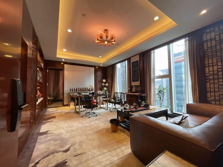 天府二街丨世纪城 国企超甲 通威国际976平米豪华中式装修