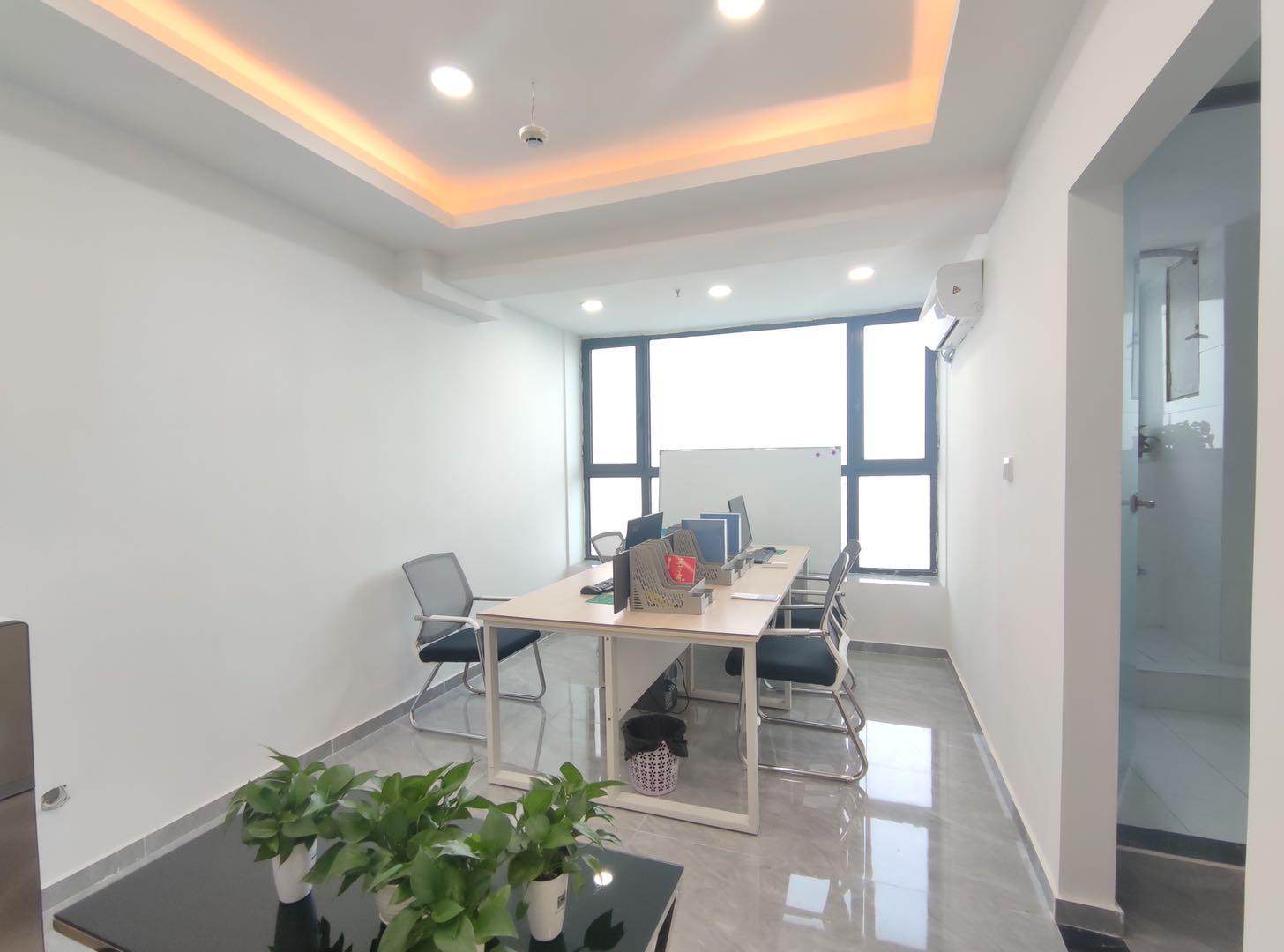 小型办公室/青羊区丨万达广场36.56平米