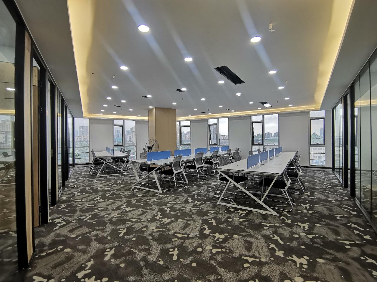 浣花香大厦200平 全新地毯铺设,青羊宫口 龙头区域