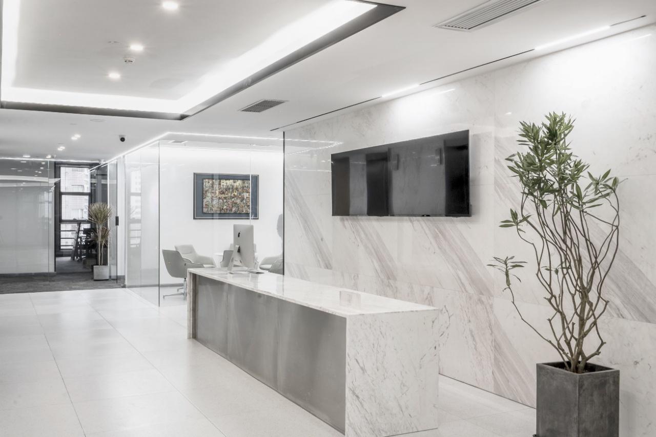 锦江区天府广场东大街阳光金融大厦含物业办公室 精装带家具