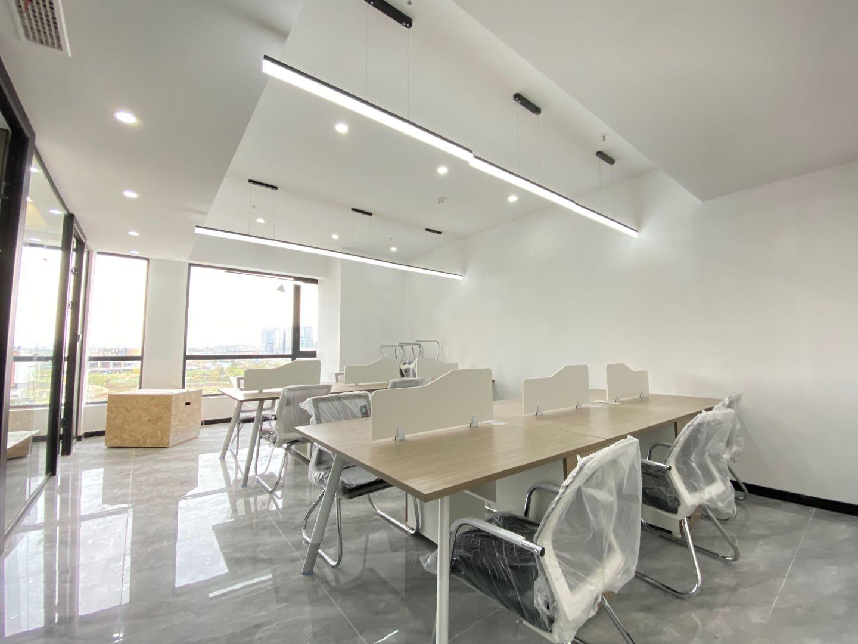 高新区纯写丨 时尚大厦162平米 3隔间+15工位含税价格