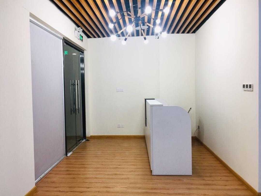 环球中心精装小户型 156m²  超高性价比 适合创业