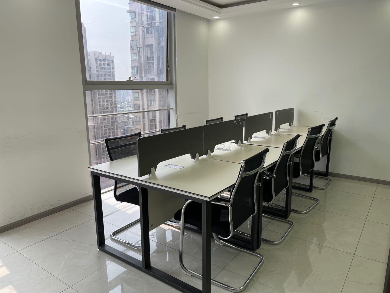 金牛区万达写字楼丨132平米 标准办公室,精装现房