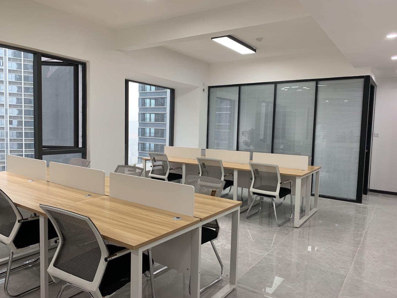 龙湖四期 小面积 精装带家具 采光通透 无空调加时费