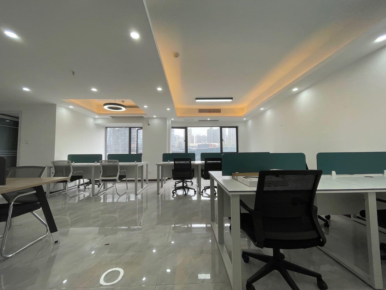 茶子店大开间户型,龙湖紫宸4期 92平米 特价房源 超低物业费