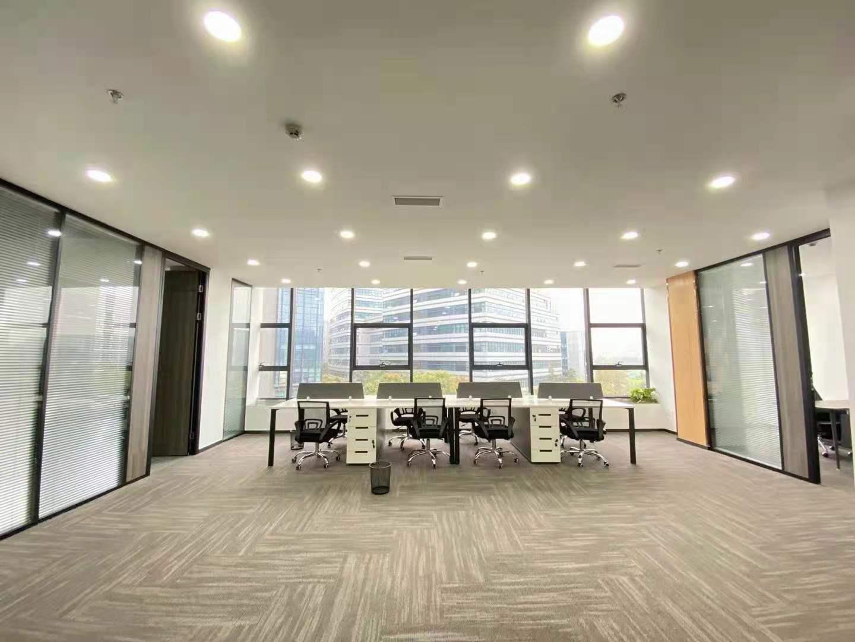 视觉科技广场/力方245平米 精装修带家具 超大开间采光通透