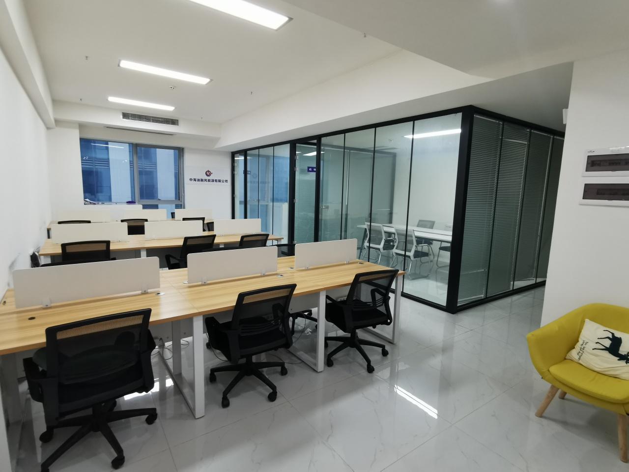 1号线世纪城地铁 雄川金融中心 120平 2隔间18工位 高区拎包入住