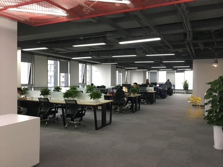 市中心丨太古里 丨喜年广场高区1100平米15隔间150工位  双采光