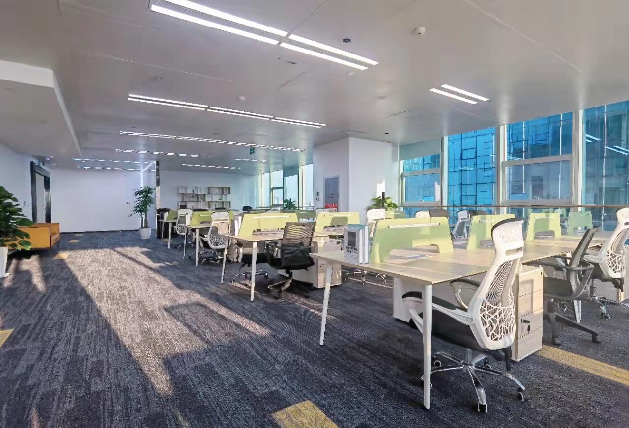 ocg国际中心双面采光 近地铁6加60艺术精装带家具 无中介费