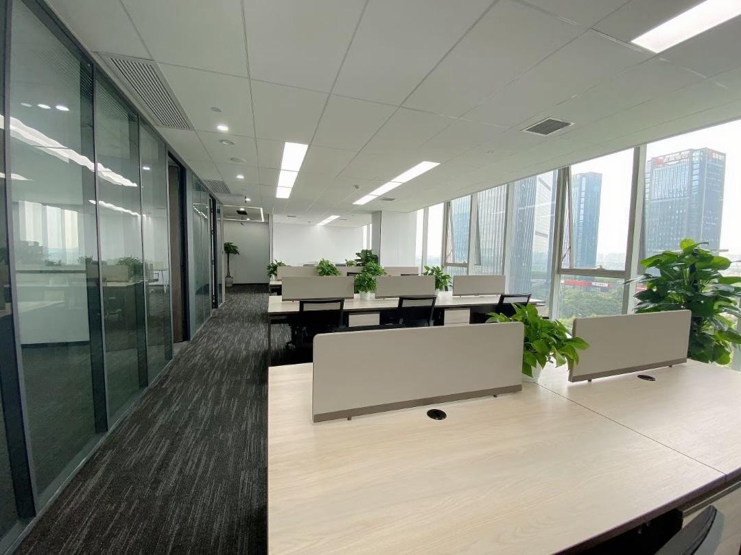 银海芯座305平 精装带家具 拎包入住 品质楼盘 优质邻居 园林办公
