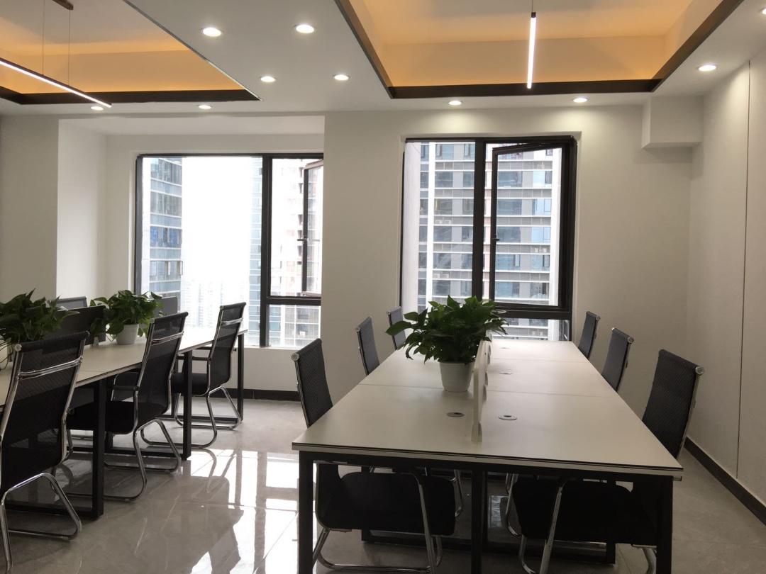 龙湖紫宸71平米  超方正户型丨利用合理   适合  广告业入驻