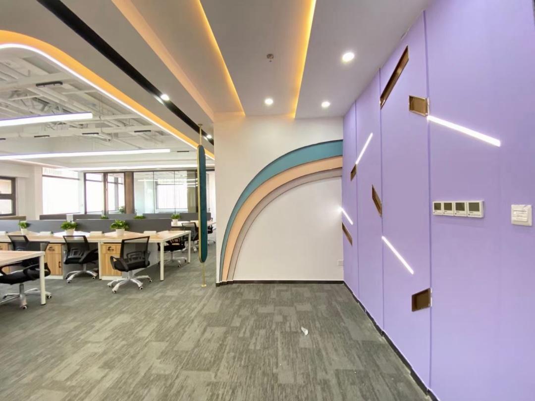 蜀都中心一期 全新升级 现代艺术风 4隔间40工位 拎包入驻